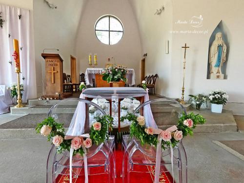 Kościół Otomin4